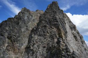 Summit scrambling on Azurite