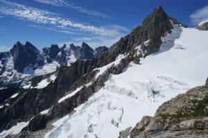 Southern Pickets, Outrigger, SE glacier